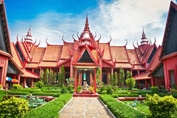 Du Lịch Khám Phá Phnom Penh