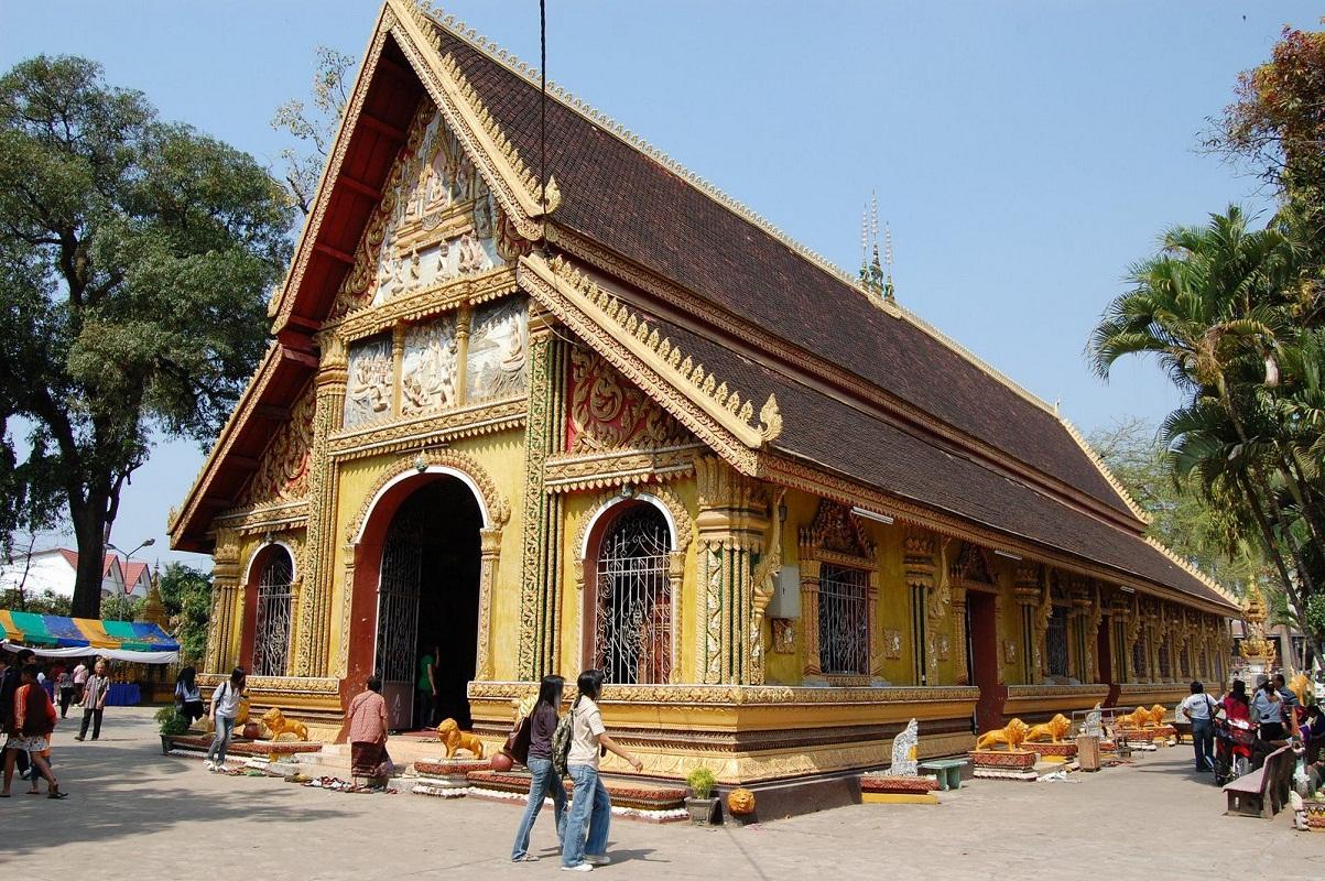 Tour du lịch Lào khởi hành từ Hà Nội: Khám phá Xứ Sở Triệu Voi