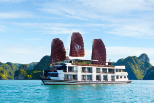 Du lịch Hạ Long - Du thuyền Pelican