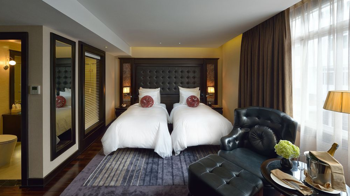 Tour Hạ Long - Paradise Suite Hotel