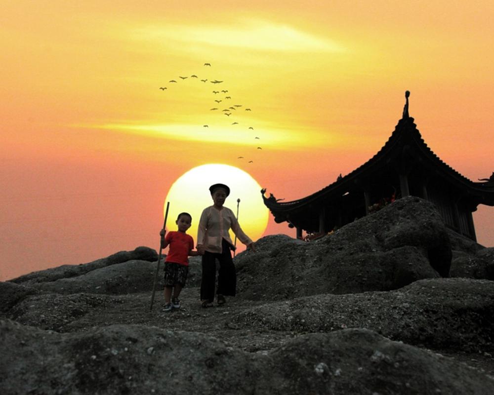 Tour Hà Nội – Ninh Bình – Hạ Long – Yên Tử