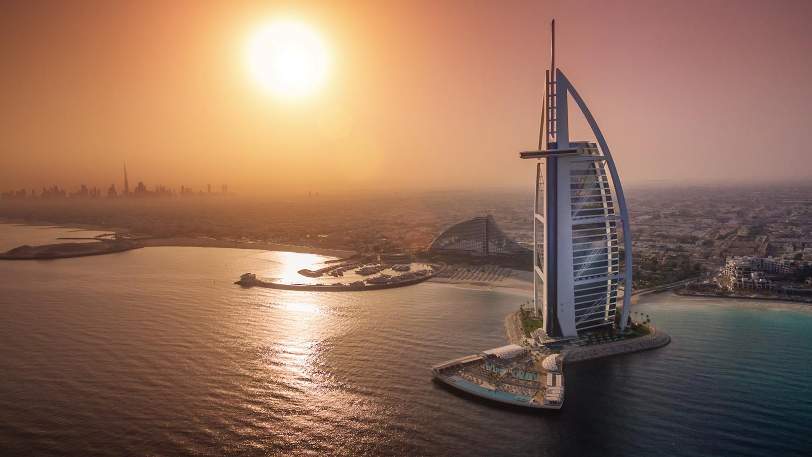 Kết quả hình ảnh cho Burj Al Arab Hotel 7