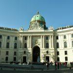 Hành trình 12 ngày khám phá Đông Âu - Cung điện hoàng gia Hofburg - Vienna