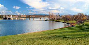 Canberra - Thủ Đô Bụi Rậm Nổi Tiếng Của Úc