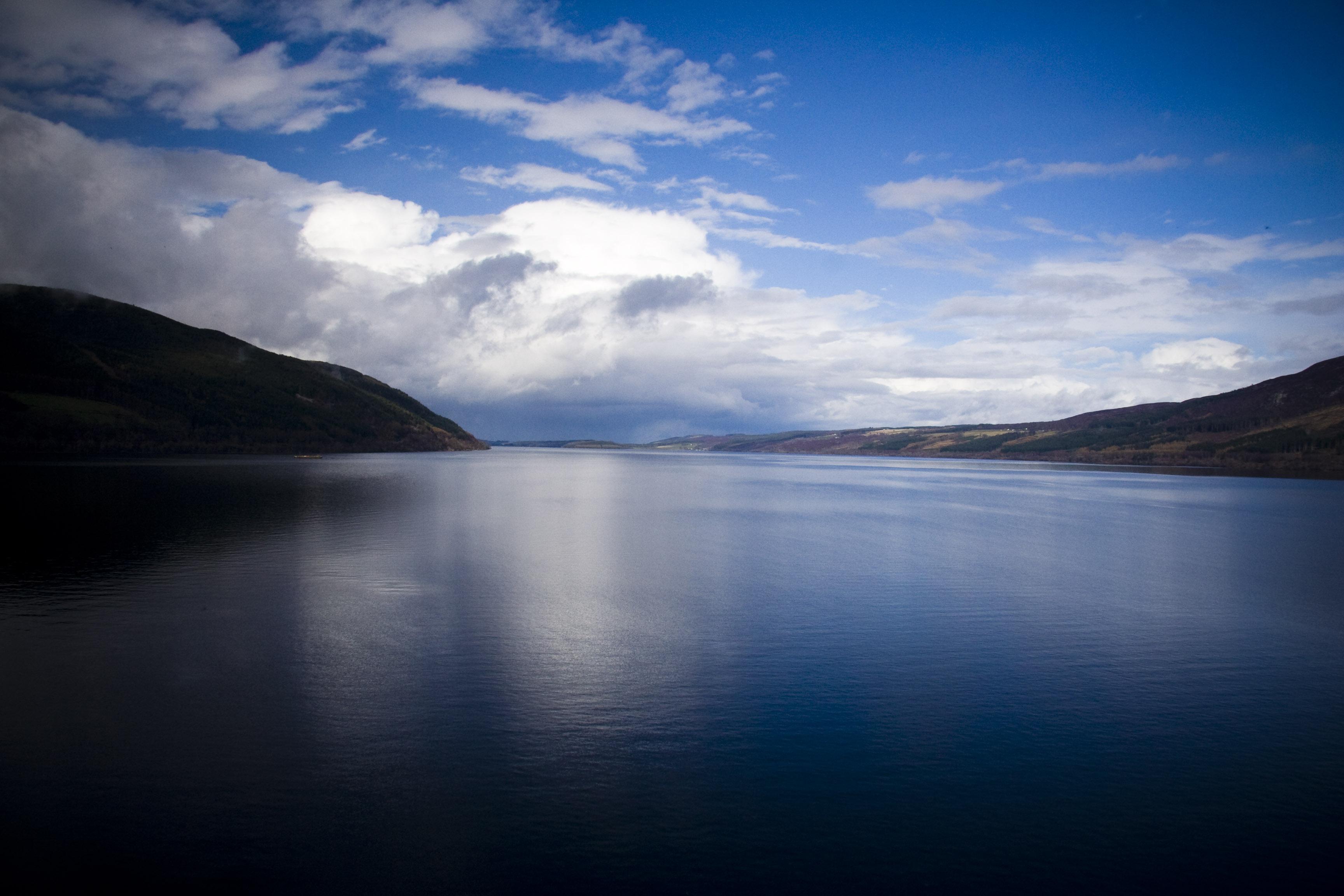 Hành trình du lịch Anh - Scotland 10N9Đ - Hồ Loch Ness