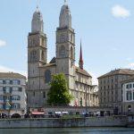 Hành trình khám phá Châu Âu 10N9Đ - Nhà thờ Grossmünster
