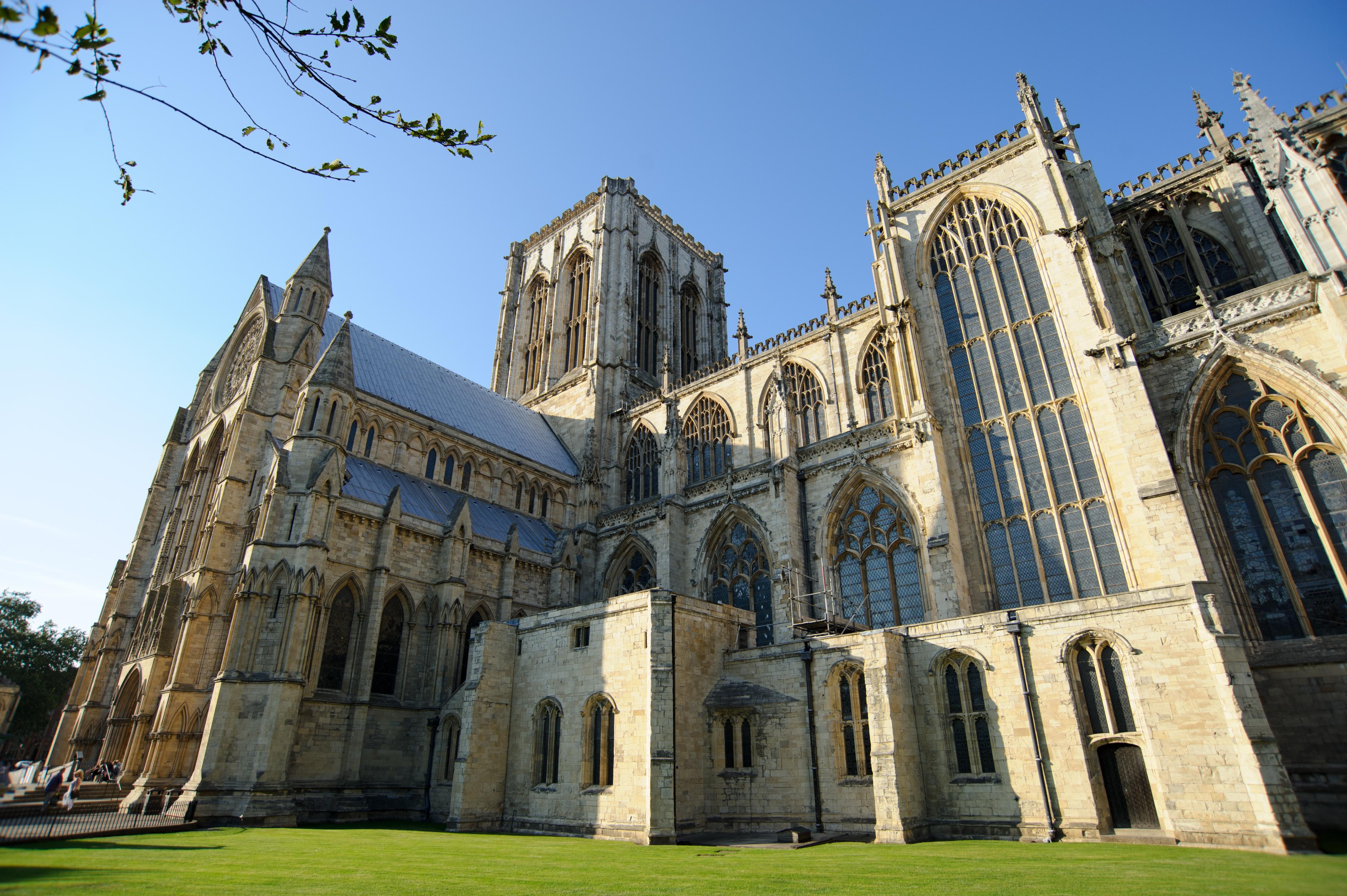 Hành trình du lịch Anh - Scotland 10N9Đ - Nhà thờ York