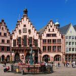 Hành trình khám phá Tây Âu 8N7Đ - Old Town Hall