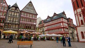 Hành trình du ngoạn châu Âu 9N8Đ - Tòa thị chính Frankfurt