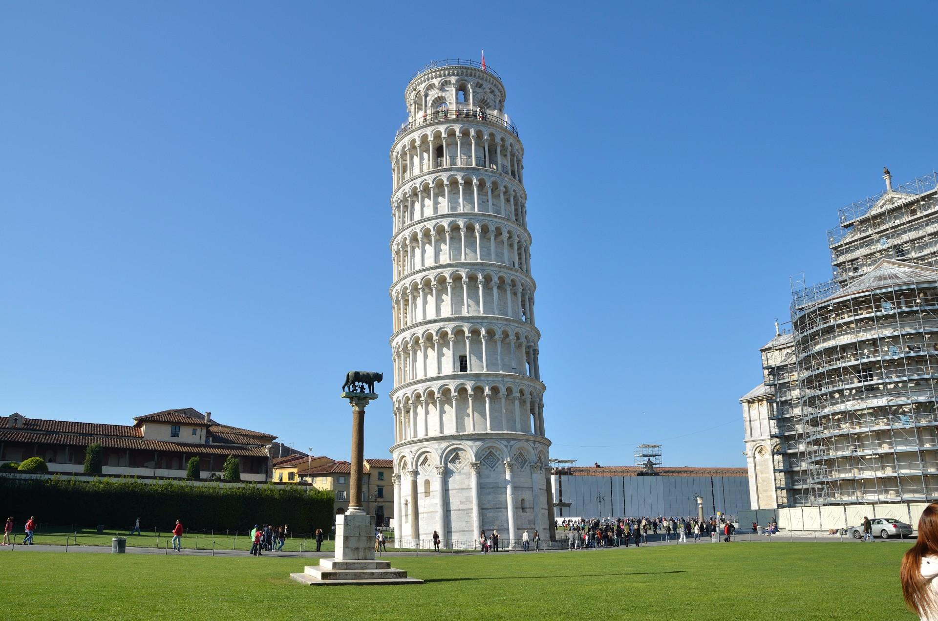 Hành trình khám phá Châu Âu 10N9Đ - Tháp nghiêng Pisa