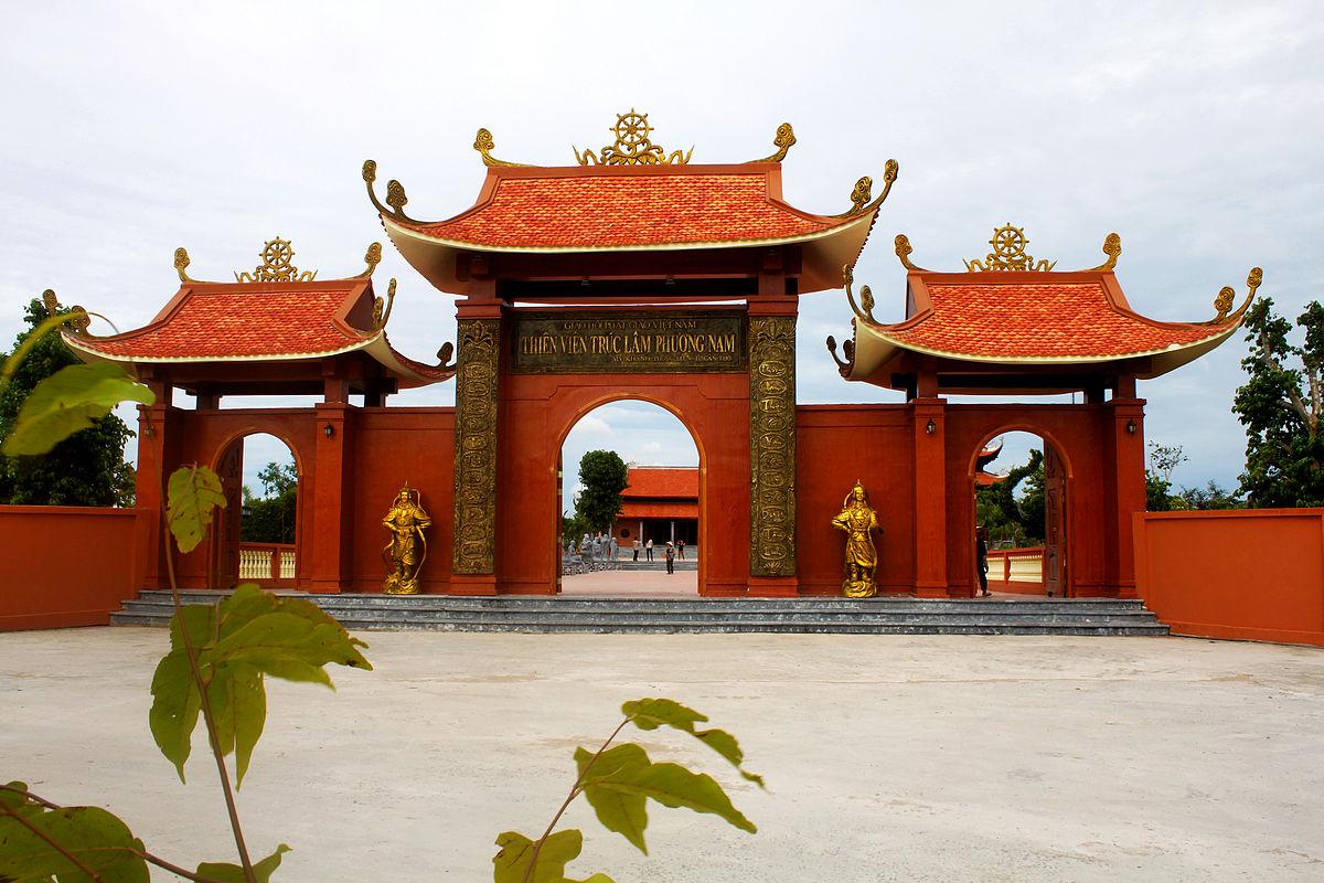 Kinh nghiệm du lịch Cần Thơ - Thiền viện Trúc Lâm Phương Nam