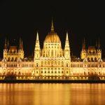 Hành trình 12 ngày khám phá Đông Âu - Toà nhà Quốc Hội Budapest