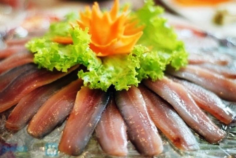 Món ngon Phú Quốc - Gỏi cá trích