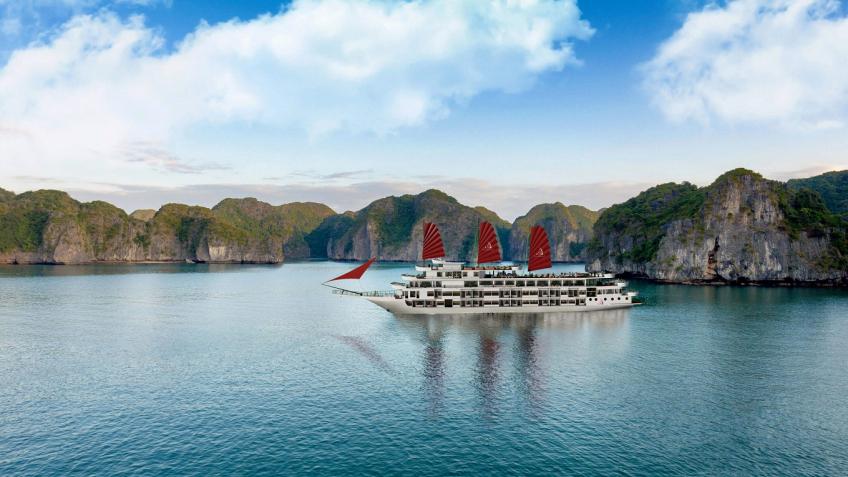 Du thuyền President, Hạ Long