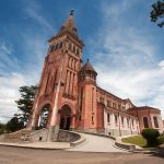 Nhà thờ Con Gà: Đường đi và giờ lễ