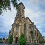 Nhà thờ đá Nha Trang: Một nét kiến trúc cổ điển độc đáo được lòng giới trẻ