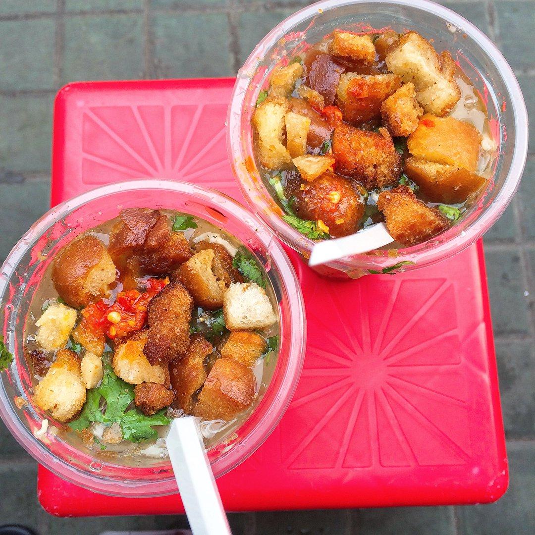 20 con đường ăn uống tại Sài Gòn