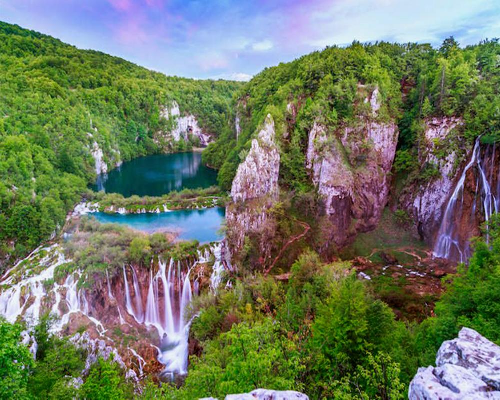 hồ nước đẹp nhất trên thế giới