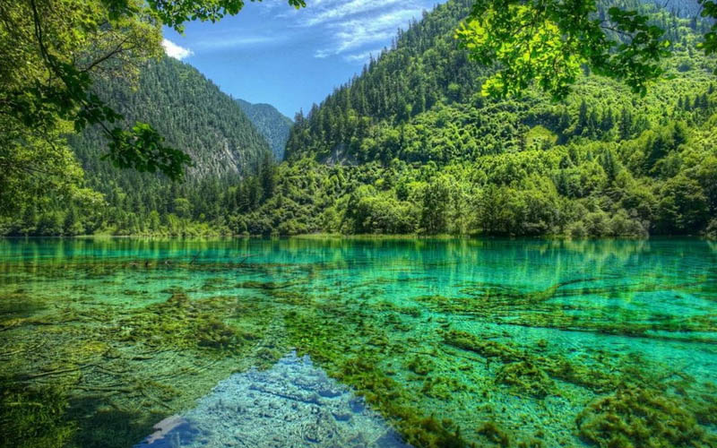 hồ nước đẹp nhất thế giới