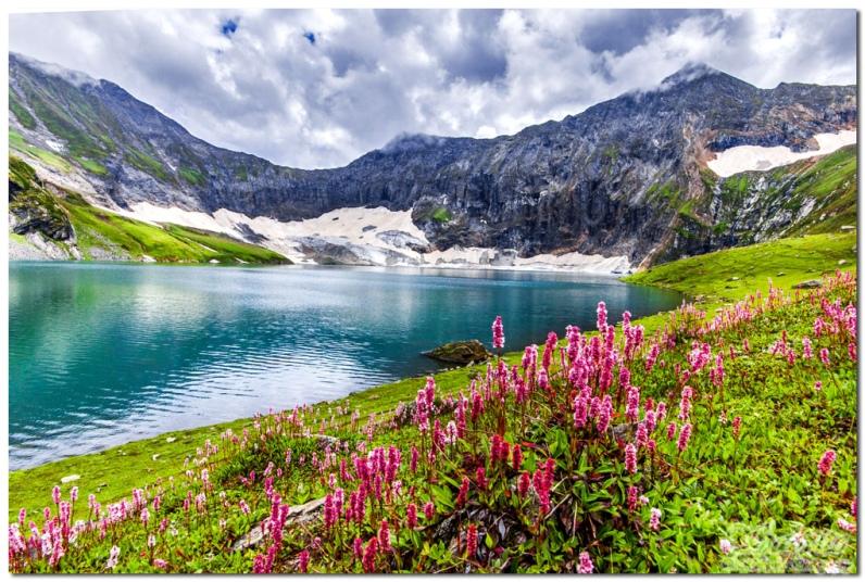 nhưng hồ nước đẹp trên thế giới