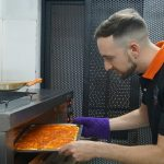 Bí quyết làm Pizza ngon từ đầu bếp Italia